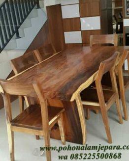 meja makan kayu trembesi