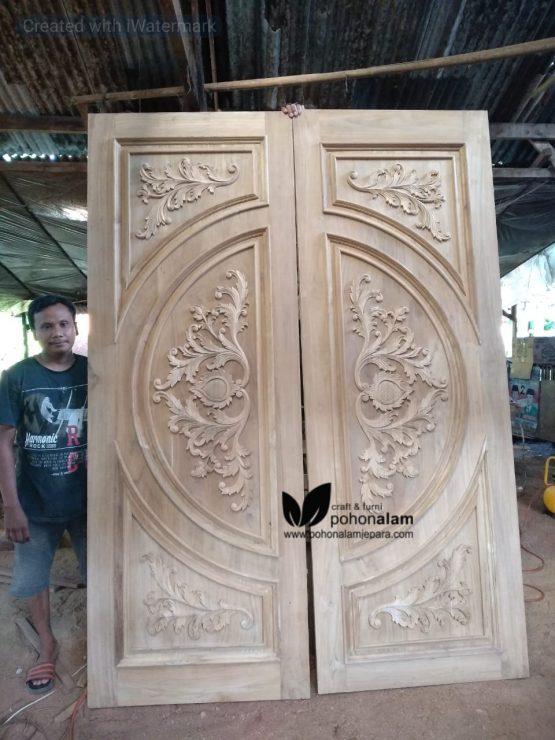 pintu rumah jati